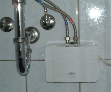 durchlauferhitzer oder boiler durchlauferhitzer oder boiler einbauen was ist besser