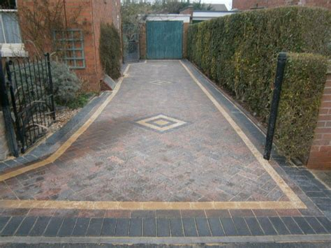 Pave Drive Specialists in block paving and tarmacing