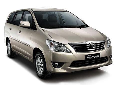 Toyota Corolla Altis Poloshirt Premium rent a car in cochin kerala luxury premium cars car for rent dealz kochi