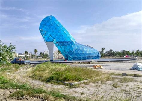 taiwan slippers and finally 10 of the world s wackiest buildings