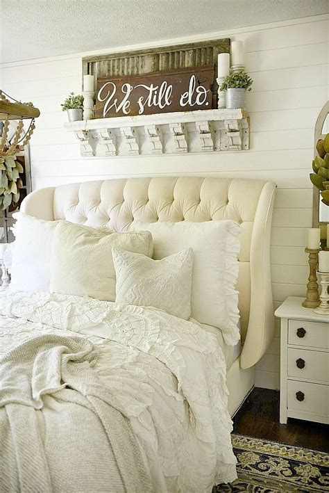 over bed decor 17 best ideas about above bed decor on pinterest white