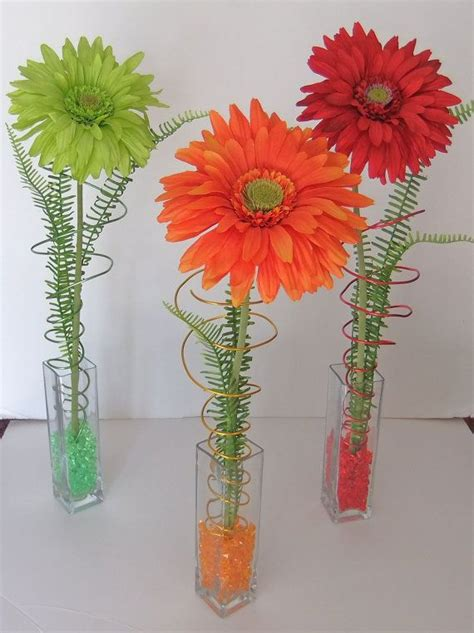 How To Arrange Gerbera Daisies In A Vase by 25 Best Ideas About Gerbera Centerpiece On