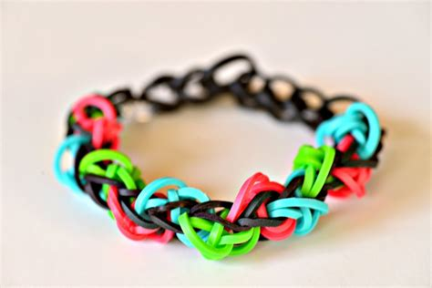 triangle pattern loom bracelet how to make a rainbow loom triangle bracelet