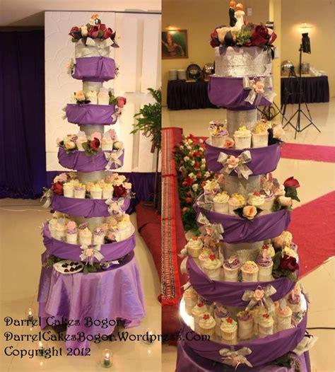 Wedding Cake Bogor by Wedding Cake And Cupcake Tower Bogor Darrel Cakes Bogor