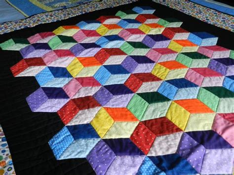 Free Tumbling Blocks Quilt Pattern by Pin By Tanz Au On Quilting