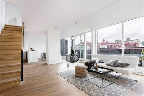 World of White and Gray: Scandinavian Style Apartment in