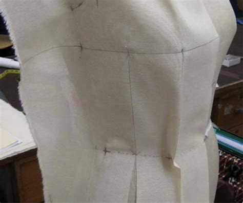 fashion draping    designers learn