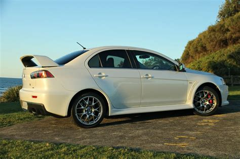 evo mitsubishi mitsubishi lancer evolution x review caradvice