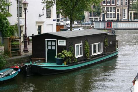 amsterdam house boat panoramio photo of boathouse in amsterdam