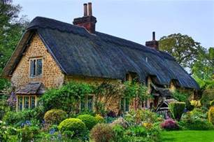 English Cottage House by Beautiful English Countryside Fairytale Cottages With