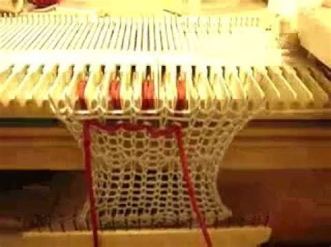 how do knitting machines work how to do manual tuck on a knitting machine which does not