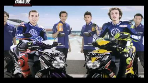 Oli Nmax Yamalube yamalube tv commercial with jorge lorenzo and valentino