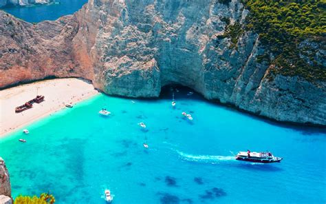 the clearest water in the world beaches with the clearest water in the world reader s digest