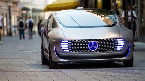 mercedes  kilometre menzilli elektrikli otomobil