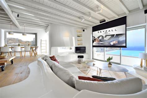 Mykonos Interior Design by Luxury Mykonos Villa With Mediterranean Decor
