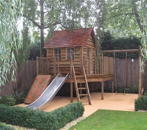 backyard fort ideas best 10 backyard fort ideas on pinterest tree house deck diy tree house and play yards