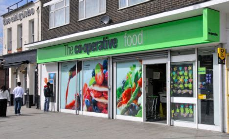 Co Op Co Op To Be Uk Store To Try Out Contactless