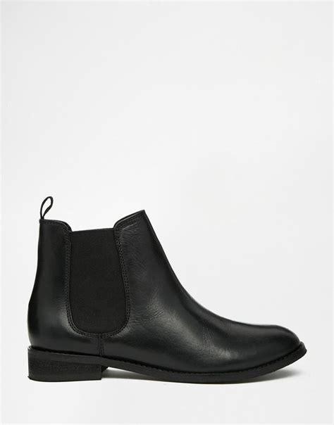 best black ankle boots best 25 black ankle boots ideas on black