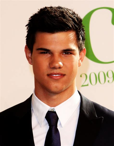 biography taylor lautner taylor lautner the actor biography facts and quotes