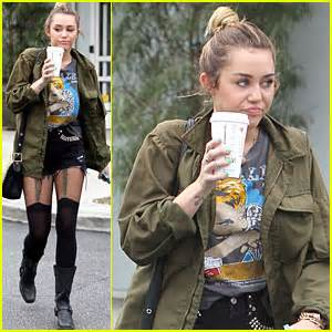 bed bath and beyond johnson city miley cyrus short shorts at bed bath and beyond miley cyrus just jared
