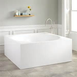 square bathtub 59 quot arturo square acrylic freestanding tub freestanding