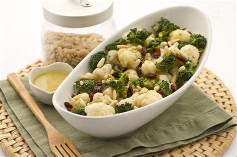 come cucinare il cavolfiore bianco ricetta insalata di broccoli cavolfiori e indivia belga
