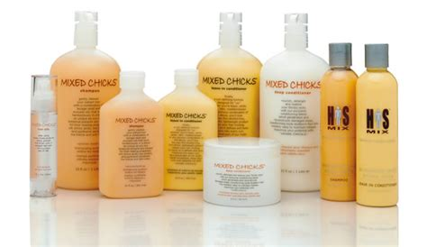 woman who hasnt used shoo or conditioner in a year loves her curly hair products mixed chicks a curly revolution