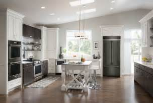 Black Kitchen Cabinets With Stainless Steel Appliances by Kitchen Appliance Color Trends 2016 Loretta J Willis