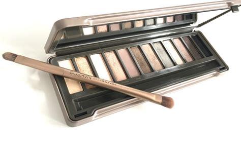 Nkd 2 Eyeshadow Eye Shadow Terlaris decay 2 eyeshadow palette review swatches