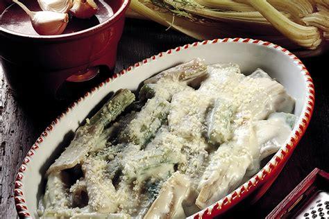 cardi cucinare ricetta cardi alla besciamella la cucina italiana