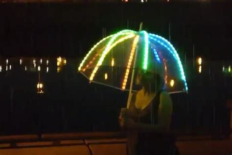 lesele led led umbrella changes colors to match owner s