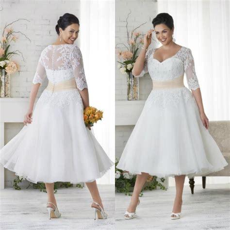 Elegant White/Ivory Tea Length Applique Bridal Gowns Plus