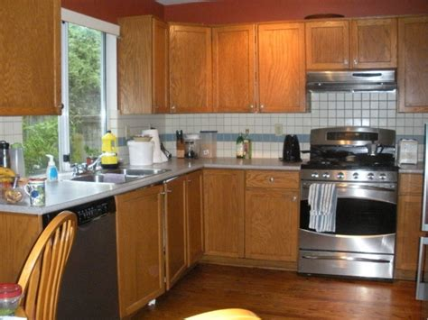 kitchen cabinets north vancouver delbrook north vancouver home staging tips paint wood cabinets