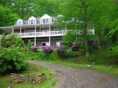 Wonderful Cold Mountain Cabin Rentals #4: Bald-mountain-house.jpg
