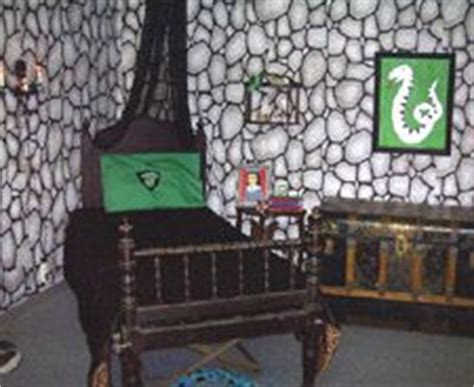 slytherin themed bedroom 1000 images about slytherin stuffs on pinterest