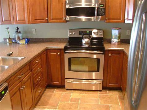 Small Kitchen Flooring Ideas Kitchen Kitchen Tile Flooring Designs With Granite Countertops Kitchen Tile Flooring Designs