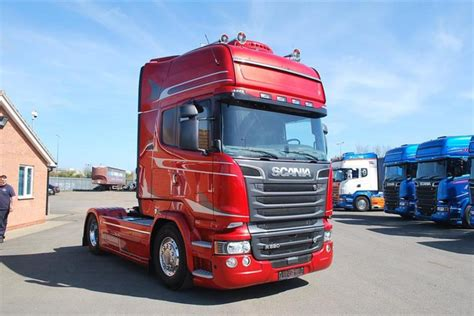 scania  red passion moody international scania specialists