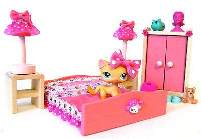littlest pet shop doll house littlest pet shop ooak furniture pink bedroom lps dollhouse pet gt gt 19 great lps