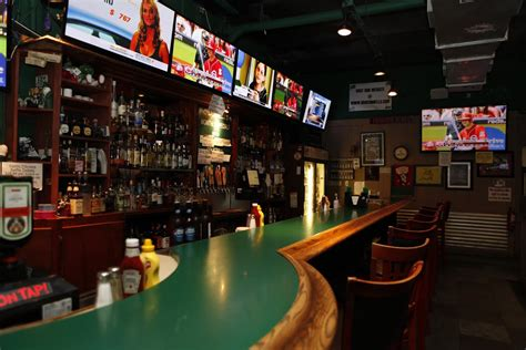 top sports bars best sports bars in oc gentlemen s guide oc