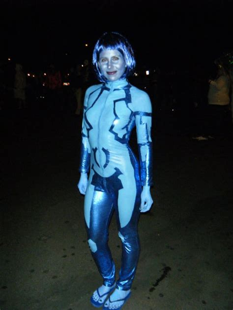 hi cortana what colour is your hair cortana hairstyle ideas pictures master chief and cortana