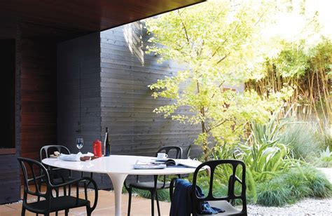 dwr saarinen oval table saarinen outdoor oval dining table design within reach