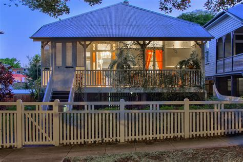 beautifully renovated 100 year queenslander new farm