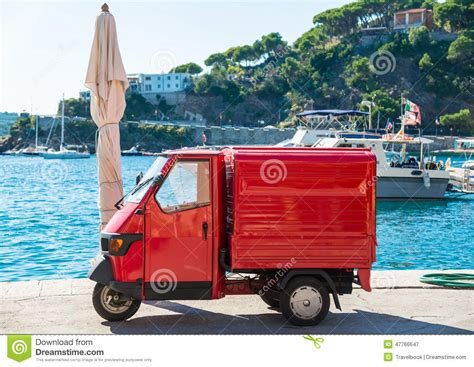 Italien Auto by Voiture Italienne Populaire Photographie 233 Ditorial