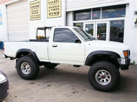 toyota trucks usa buy used 1995 toyota pick up truck lifted 35 inch tires