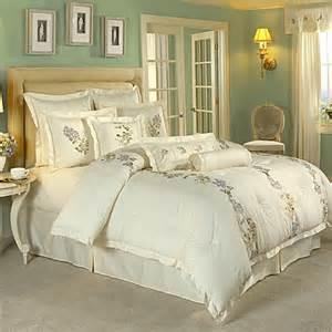 Raymond Waites Duvet Raymond Waites 174 Giselle Comforter Set 100 Cotton Bed