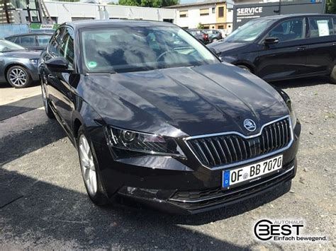 skoda black magic skoda superb blackmagic perleffekt