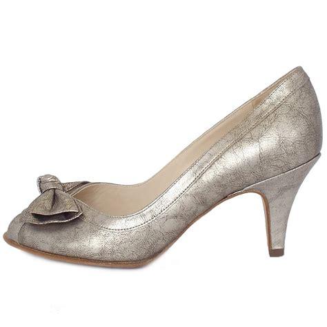 metallic shoes kaiser satyr s peep toe mid heel shoes