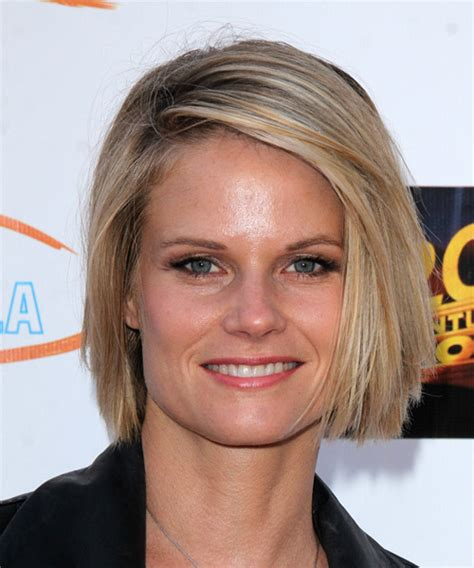 back of joelle carters hair joelle carter medium straight casual hairstyle medium blonde