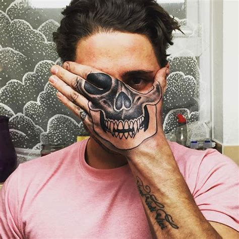 tattoo girl ex on the beach celebrity big brother s stephen bear has got something to