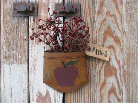 Handmade Country Crafts - country primitive apple tin hanging pocket